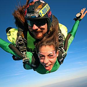 Tandem skydiving discounts
